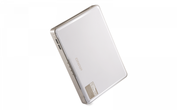Qnap Nasbook 4 X M.2 SSD Bay Disklesscel-J4150 8GB USB (7) 10GBA Network Storage (TBS-453DX-8G)