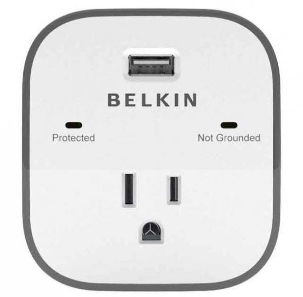 BELKIN SurgeCube 1 Outlet Surge Protector 2.4a BSV103AU